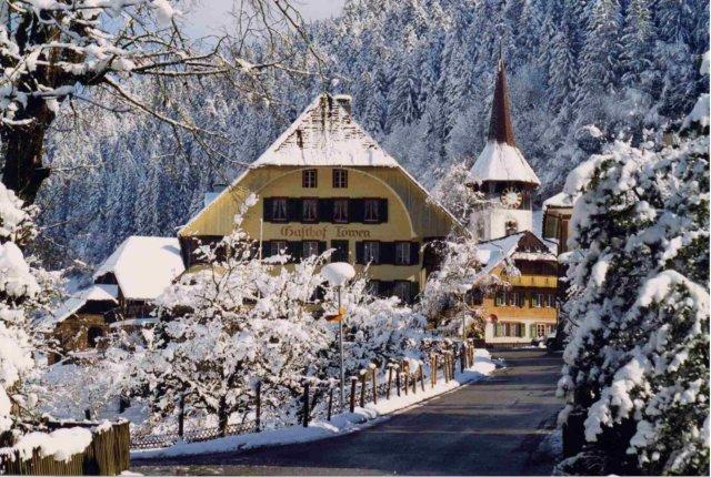 Dorf Trub am 17 4 1999